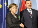 Президент Азербайджана Ильхам Алиев и канцлер Германии Ангела Меркель вы ...
